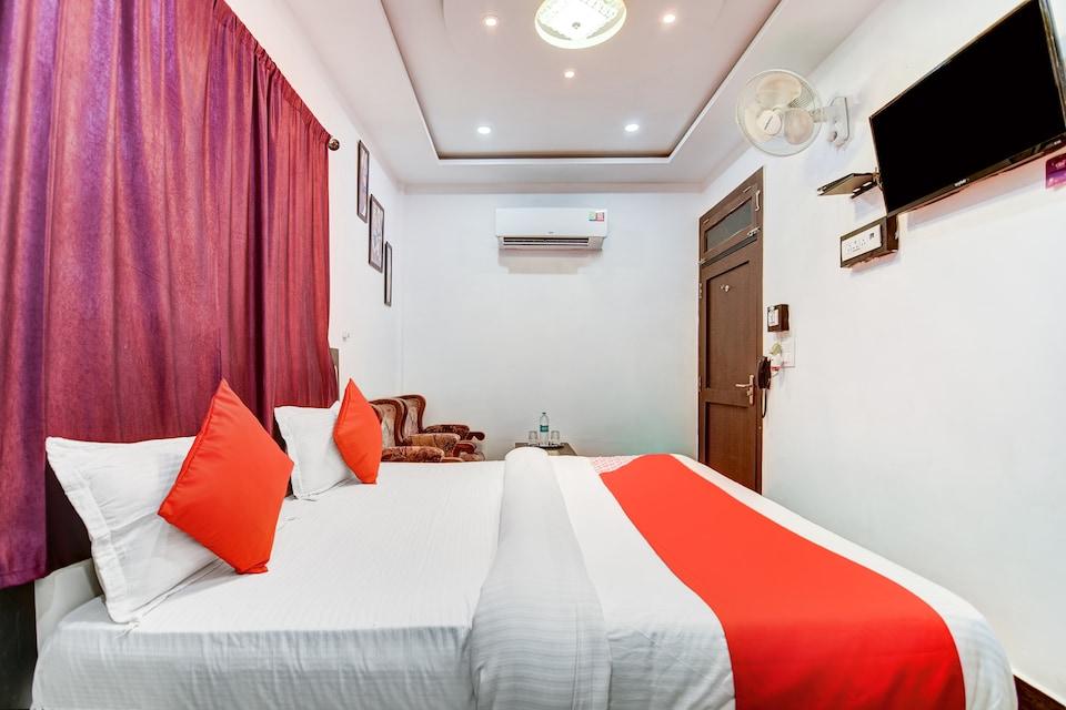 S Sumangalam Palace